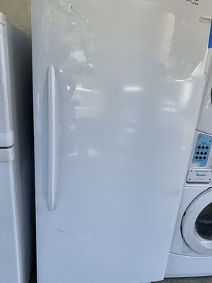 Frigidaire 21 cubic ft upright freezer for Sale in Norco, CA