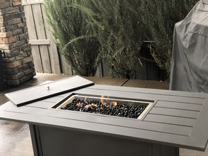 Fire Pit Table with internal tank storage for Sale in Colorado Springs, CO