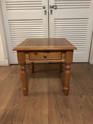 Wood End Table with Drawer for Sale in Miami, FL