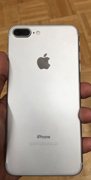 iPhone 7 Plus 32gb for Sale in Florence, SC