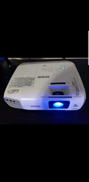 Epson projector for Sale in Fresno, CA
