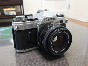 Vintage Canon AE-1 film camera (for parts) for Sale in Chicago, IL