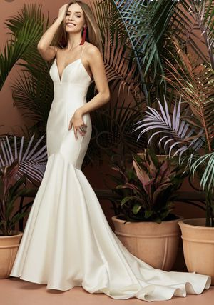Wtoo Avery Wedding Gown for Sale in Olympia, WA