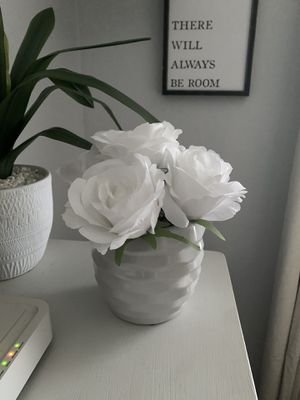 Artificial Flower Arrangement- New for Sale in Bakersfield, CA