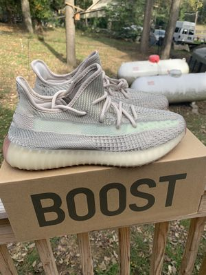 """Adidas Yeezy Boost 350 v2 """"Citrins"""" *Size 10* for Sale in Washington Crossing, PA"""