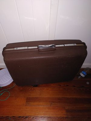 Old suitcase for Sale in Hagerstown, MD