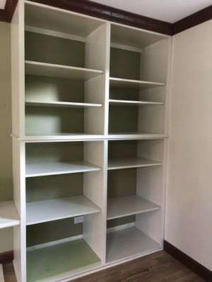 Built in Bookshelves - Beautiful! for Sale in Ontarioville, IL