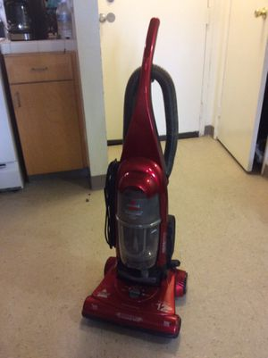 Bissel vacuum cleaner works perfect for Sale in Commerce, CA