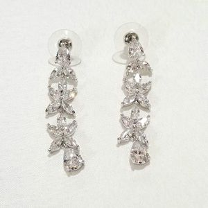 Cz diamond flower earrings drops dangle for Sale in Austin, TX