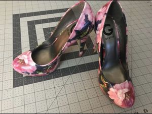 Guess high heels for Sale in Bend, OR