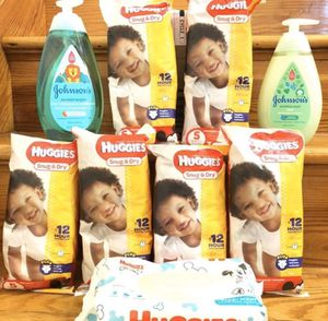 Baby Bundle w/ Size 5 Diapers for Sale in Pittsburgh, PA