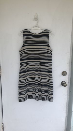Donna Riccio striped dress with pink zipper back for Sale in Spring Hill, FL