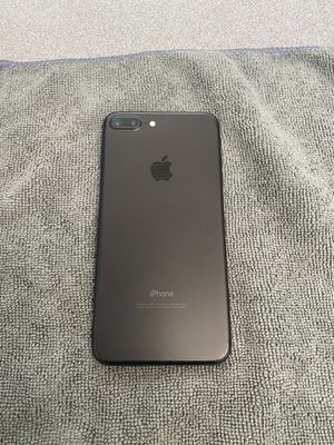 IPhone 7 Plus 32GB Factory Unlocked for Sale in Boston, MA