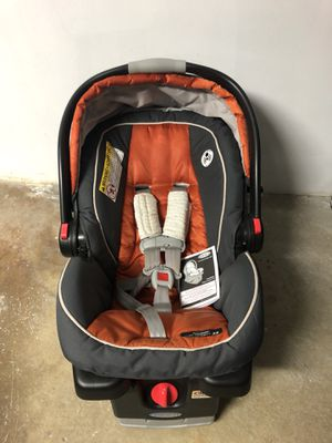 Graco click connect 35 car seat and Snap-n-Go Stroller for Sale in Daly City, CA