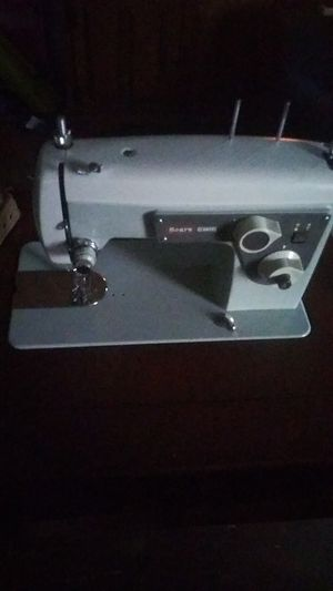 Sears kenmore sewing machine for Sale in Columbus, OH