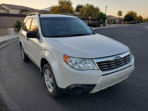 Subaru forester 2010 for Sale in Goodyear, AZ