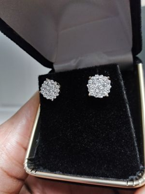 Mens diamond earrings. BRAND NEW!!! NEVER WORN!!!! SI\VS2 quality. .60 carat for Sale in Lewisville, TX