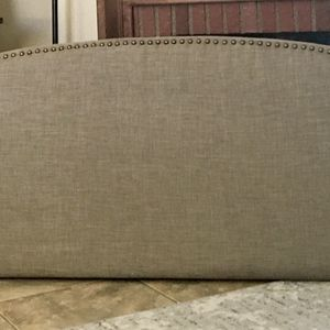 New King Headboard With Nailhead Trim Detail for Sale in Phoenix, AZ