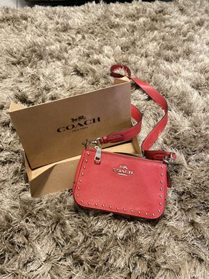 New coach over shoulder purse (used for a wedding) for Sale in Modesto, CA