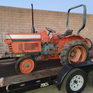 Vintage 1975 Kobata 225L Farm Tractor for Sale in Fontana, CA