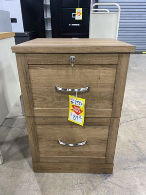 Vertical file cabinet 2 drawers for Sale in Miami Springs, FL