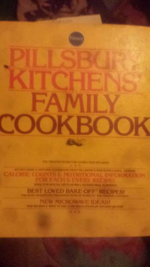 Vintage cookbook 1977 beatty crocker for Sale in Ruston, LA