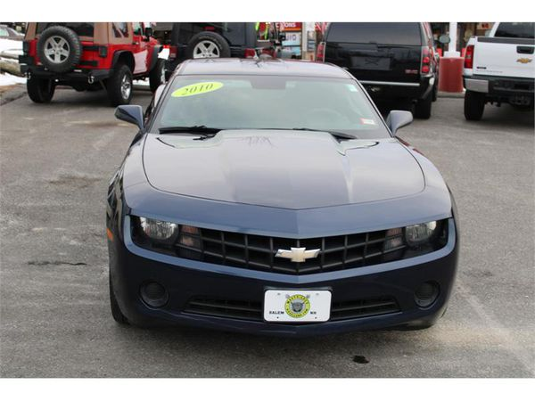 2010 Chevrolet Camaro COUPE LS 6 SPEED MANUAL FINANCING FOR ALL CREDIT !
