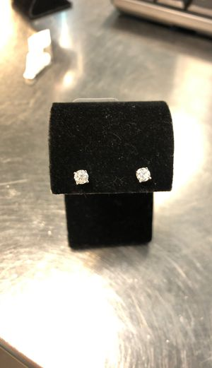 DIAMOND EARRINGS for Sale in Round Rock, TX