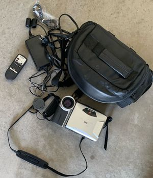 Sharp Viewcam VL-E610U 8mm Analog Camcorder for Sale in Nevada, TX