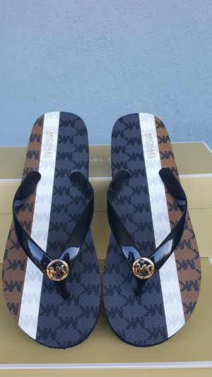 New Authentic Michael Kors Women's Flip Flops Size 8 and 10 ONLY for Sale in Montebello, CA
