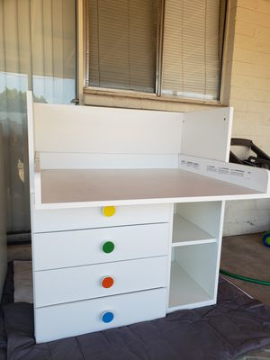 White dresser/ changing table/ desk for Sale in Phoenix, AZ