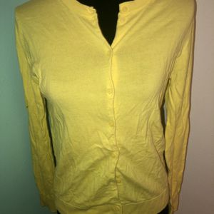 Gently Used Womens yellow J crew size Medium cardigan Sweater for Sale in St. Petersburg, FL