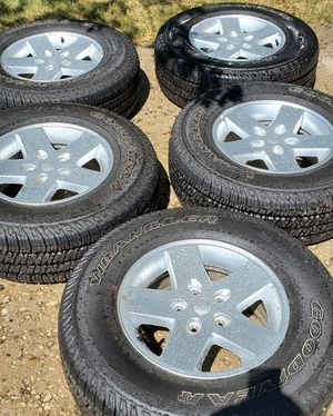 Jeep wheels for Sale in Hanover Park, IL