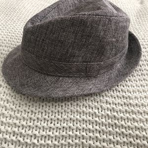Grey Fedora Hat Boys (5-6) Years Old for Sale in Hawthorne, CA
