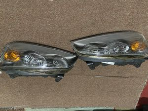 Driver and passenger headlights for Hyundai Elantra for Sale in Alexandria, VA