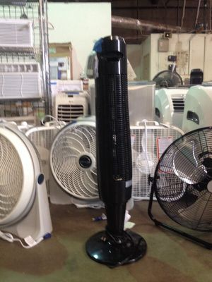 40 inch oscillating tower fan for Sale in Phoenix, AZ