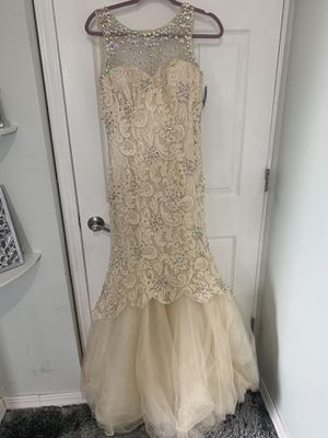 Lace Prom Dress for Sale in Dearborn, MI