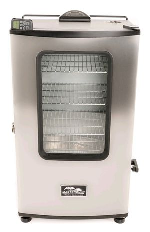 Masterbuilt Electric Smoker with Remote for Sale in Reynoldsburg, OH