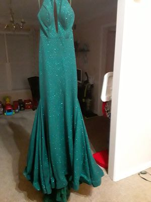 Green Formal dress for Sale in Snellville, GA