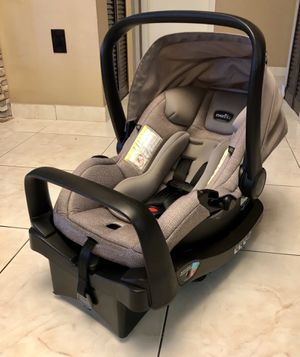EVENFLO SAFE MAX CAR SEAT / INFANT CAR SEAT/ BABY CAR SEAT / EXPIRES JUNE 2025 PRICE FIRM for Sale in Hialeah, FL