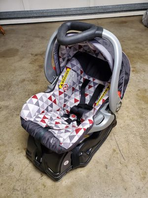 Babytrend infant car seat for Sale in San Lorenzo, CA