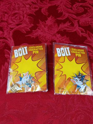 BOLT-SEALED EXLUSIVE CHARACTER PINS DISNEY MOVIE CLUB 2 PC for Sale in Melrose Park, IL