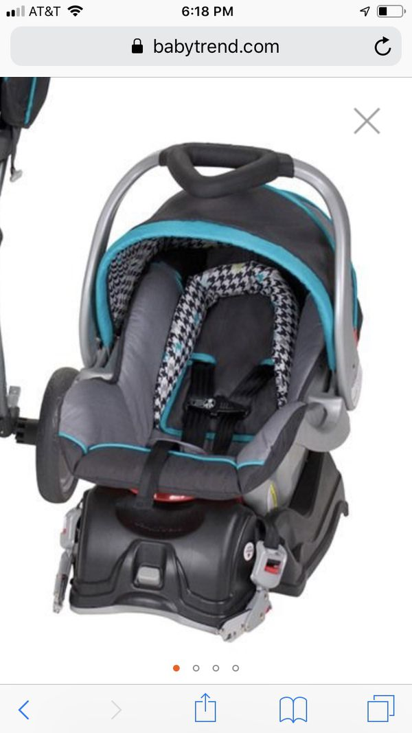 Babytrend car seat and base