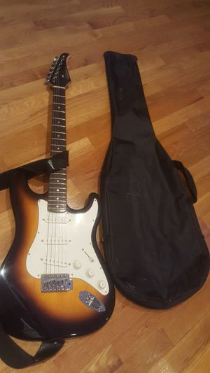Electric guitar for Sale in Rockville, MD