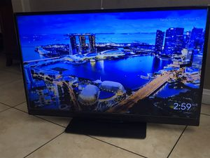 TV 42 in 3 HDMI excellent condition for Sale in Henderson, NV