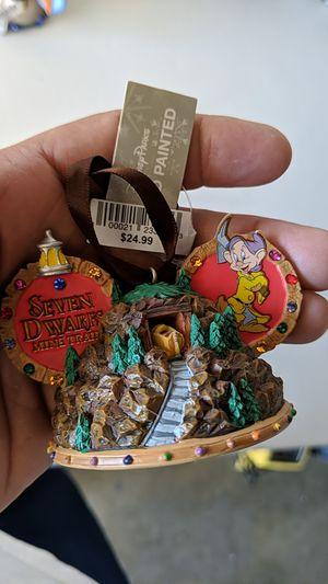 Disney 7 dwarf's mine train ornament new 10$ for Sale in Pico Rivera, CA