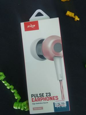 Pulse Z3 earphones for Sale in Crestview, FL