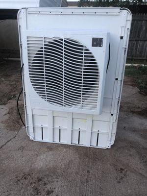 Swam cooler for Sale in Odessa, TX