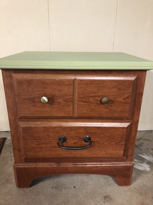 Nightstand with drawers for Sale in Cheshire, CT