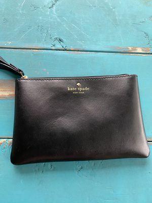 Kate Spade leather Wristlet for Sale in Windermere, FL